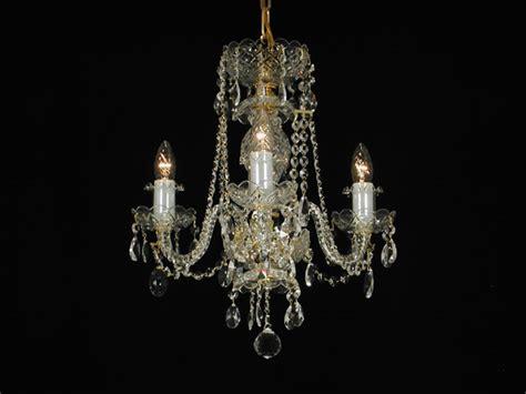 lustre en cristal de boheme lustre 3 branches en cristal de boh 234 me boh 234 me dor 233 e