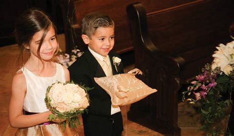 10 really cool flower ideas for ring bearers oasis floral ideas