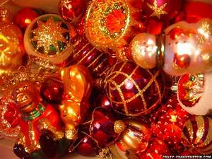 Deck, The, Holiday, U0026, 39, S, The, Tradition, Of, Christmas, Tree, Ornaments