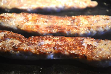 cuisiner saucisse de toulouse saucisse de toulouse grillée à la plancha par kaderick