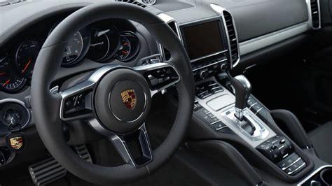 Porsche Cayenne S (2015) Interior