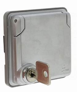 Prise électrique Extérieure étanche Legrand : prise de courant avec volet verrouill legrand soliroc 90 ~ Dallasstarsshop.com Idées de Décoration