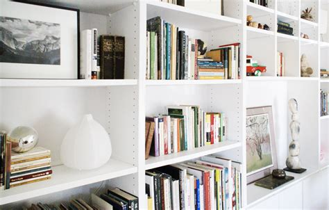 Styling Bookcases by Six Simple Shelf Styling Staples Hommemaker