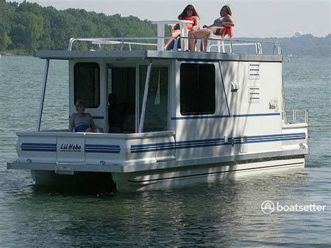 Houseboats For Sale Washington Dc by Rent A Catamaran Cruiser 8x30 Lil Hobo Deluxe In