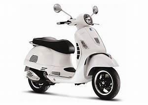 Sporty Vespa range-topper in SA | Wheels24