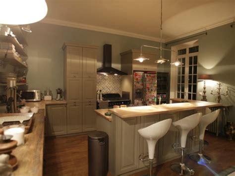 cuisine avec bar arrondi photos sur le thème suspension luminaire design page