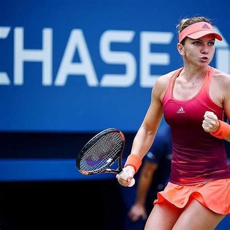 Get to know WTP player and Luxilon Tennis Advisory Staff member Simona Halep and check out his gear.