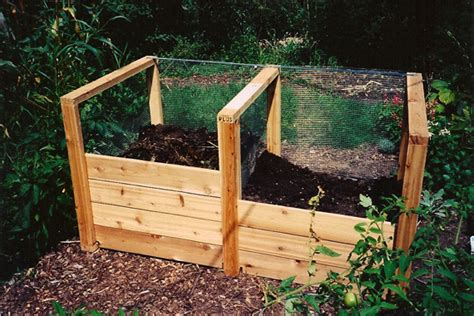 kitchen compost bin kitchen compost home composting tips how to build a home compost pile