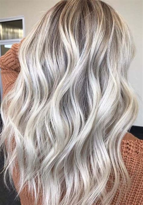 bright blonde hair color ideas  wear   hair