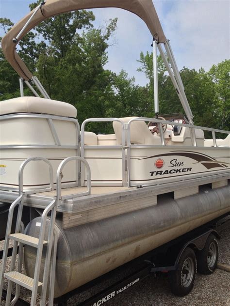 Used Pontoon Boats For Sale By Owner In Missouri by Sun Tracker Pontoon Boats Boats For Sale 98 Pontoon