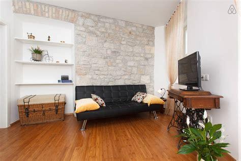 Tiny Apartments : Tiny Apartment