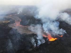 VIDEO: Overflight of Fissure Complex & Lava Flowing to ...