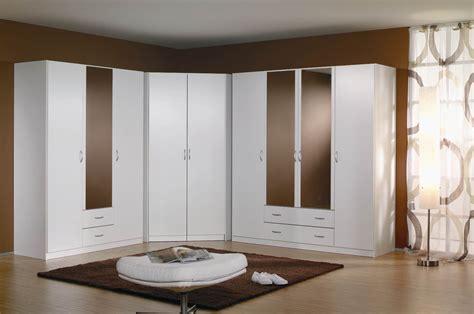 armoire angle chambre armoire d angle pour chambre armoire idées de