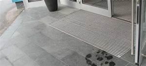 Fußmatte Im Boden Eingelassen : fu matte im boden eingelassen fu matte sauberlaufzone schmutzmatte abtreter eingangsbereich fu ~ Frokenaadalensverden.com Haus und Dekorationen