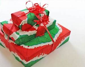 9 DIY Gift Wrap Ideas Kids Can Help You Make