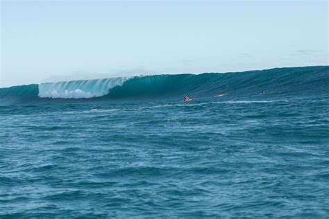 The world's best surfers will make their debut at the tokyo olympics on the pacific coast of japan. Near Death Experiences At XXL Cloudbreak - Magicseaweed