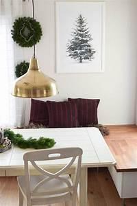 Esstisch Weihnachtlich Dekorieren : die besten 25 tannengirlande ideen auf pinterest kerst esstisch rustikal kiefer und kiefer ~ Markanthonyermac.com Haus und Dekorationen