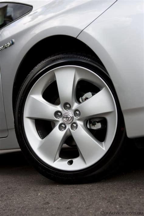 toyota prius    wheels  caradvice