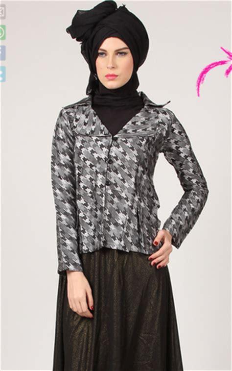 gambar desain baju muslim wanita modern terbaru