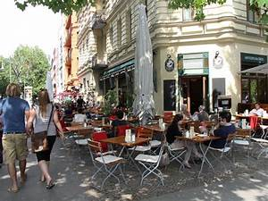 Das Café In Der Gartenakademie Berlin : berlin prenzlauer berg das caf sowohlalsauch in der kollwitzstrasse sch nes caf mit ~ Orissabook.com Haus und Dekorationen