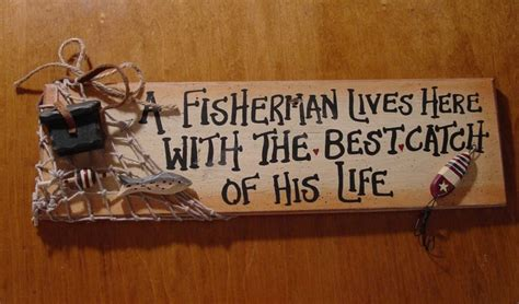 fishing cabin decor fisherman lives here with best catch fishing net sign