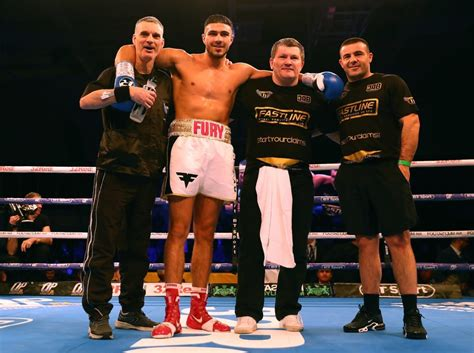 Tommy Fury boxing record: here's how the Love Island 2019 ...