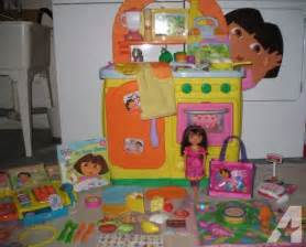 dora the explorer talking kitchen toy food game pretend
