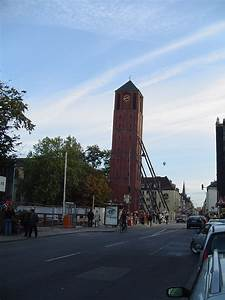 La Mira Köln : torres inclinadas ~ Markanthonyermac.com Haus und Dekorationen