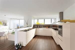 Idees de cuisine moderne noir et blanc for Idee deco cuisine avec cuisine blanc laqué