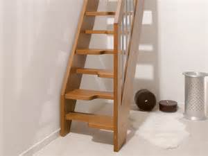 Trémie Escalier by Fontanot Oxa Mini Stairs Solid Beech For Small Indoor