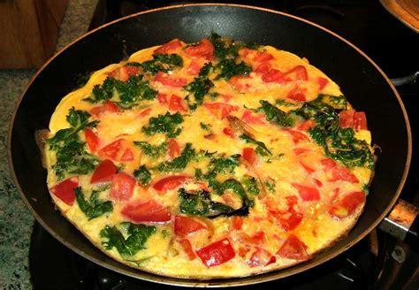 cuisiner caille omelette au kale et aux tomates par ma cuisine santé
