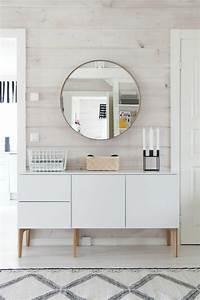 Runder Spiegel Holz : runder spiegel skandinavisch einrichten wei er unterschrank dekoideen flur pinterest ~ Indierocktalk.com Haus und Dekorationen
