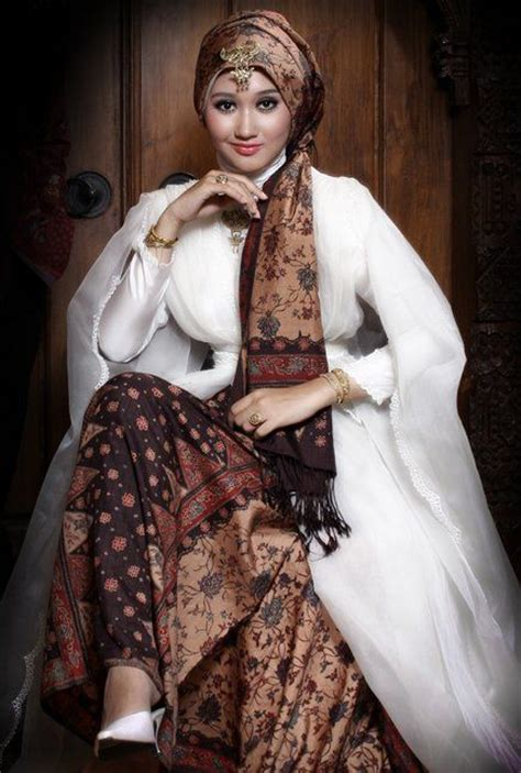 model baju batik muslimah dian pelangi trend baju batik terbaru pinterest hijab outfit