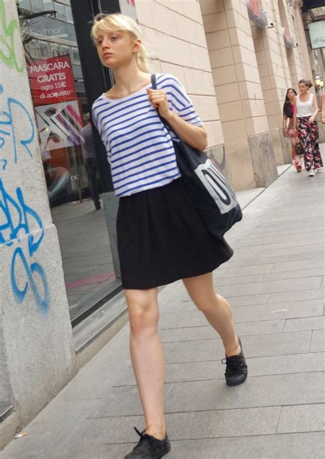pairing  dress  sneakers dos donts thestyletticom
