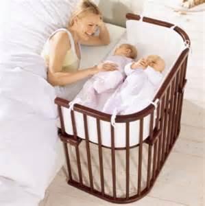 lit bébé hêtre laqué lit bébé poussette