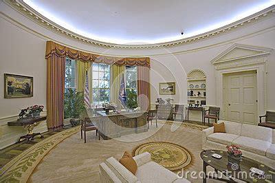 bureau de la maison blanche reproduction du bureau d 39 ovale de la maison blanche photo