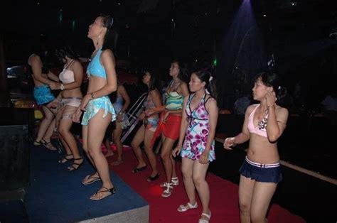 de leila arabic bar  belly dancing gatot subroto