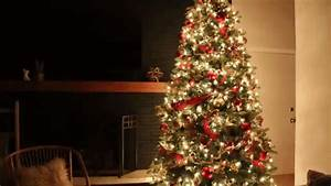 9 Christmas Tree Decorating Ideas That Will Light up the