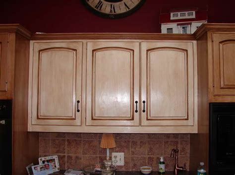 distressed kitchen cabinets pictures kitchen best pictures of distressed kitchen cabinets and