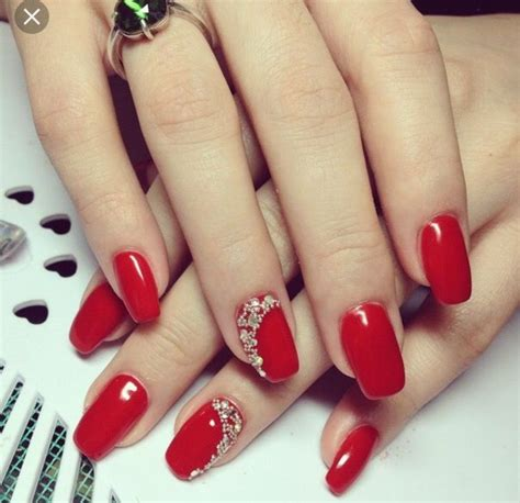 220 карточек в коллекции красный маникюр. идеи дизайна ногтей красным гель лаком пользователя ᚠᚠᚠ oleg alabis в яндекс.коллекциях