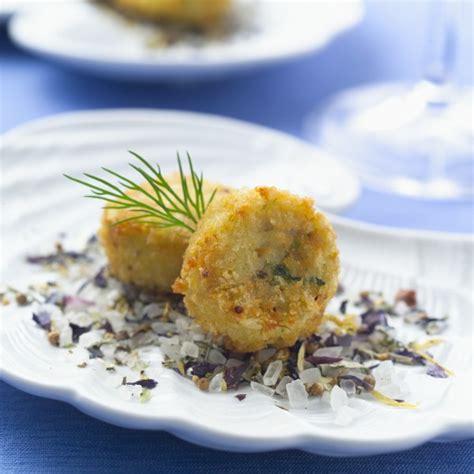 crab cakes premier hor doeuvre supplier gourmet kitchen