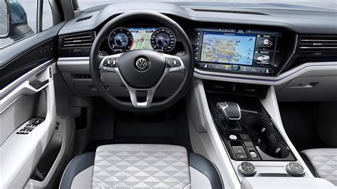 2019 Volkswagen Touareg - INTERIOR - YouTube