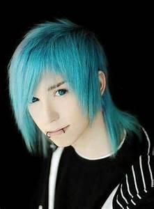 emo boy blue hair blue eyea | emo boy haircuts i want ...
