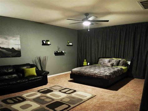 Small Room Decoration For Men