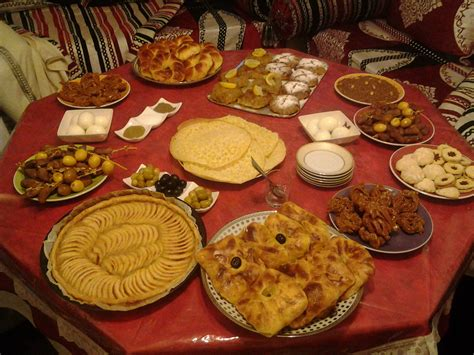 cuisine traditionnelle marocaine table familliale cuisine traditionnelle marocaine 06 51