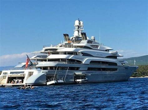 Biggest Charter Boat In The World by Motor Yacht Victory Impremedia Net