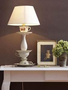 Shabby Chic Lampen : diy lampe aus alten kaffeetassen basteln deko selbermachen tassen basteln und kaffeetassen ~ Orissabook.com Haus und Dekorationen