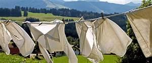 Frisch Gewaschene Wäsche Stinkt : 10 umweltfreundliche tipps gegen stinkende w sche ~ Frokenaadalensverden.com Haus und Dekorationen