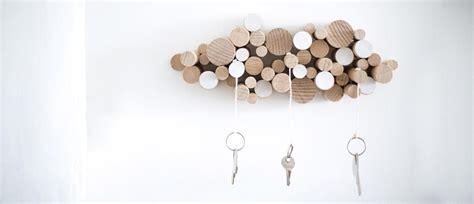 diy fabriquer une range cles en bois rangement pratique decoration interieure hfr