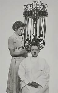 Gutes Haarspray Für Locken : was tun wir nicht alles f r die gute frisur geboren 1935 friseur ~ Frokenaadalensverden.com Haus und Dekorationen